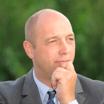 Dr. Stefan Tripmaker
